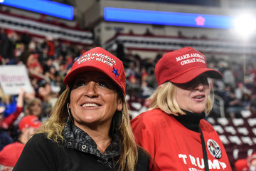 Trump holds campaign rally in Hershey, Pennsylvania