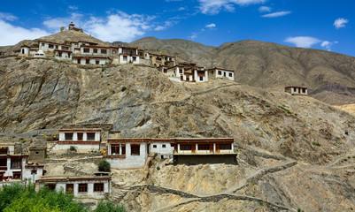 Photo sur Aluminium Népal Beautiful Tibetan village in Ladakh, India