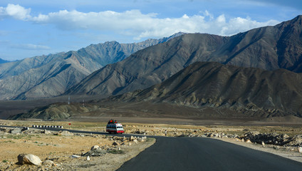 Poster Helicopter Mountain road of Ladakh, Northern India