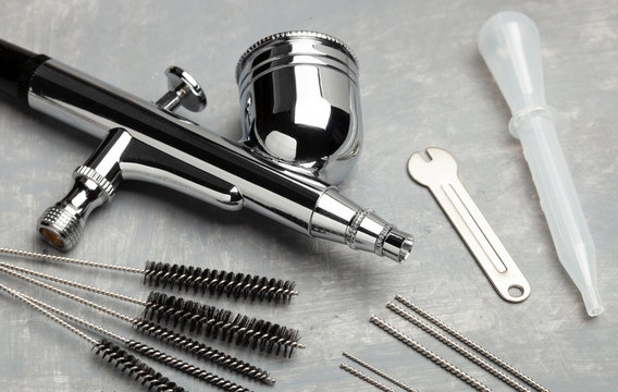 Airbrush cleaning. Brushes and other airbrush cleaning tools