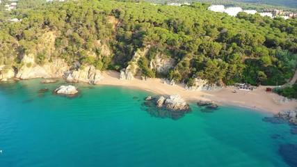 Fototapete - Tropical scenic coastline