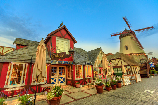 Old Windmill Solvang
