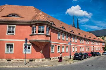 naumburg, deutschland - sanierte häuserzeile in der altstadt