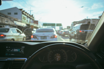 Fotomurales - drive car, traffic jam in the city