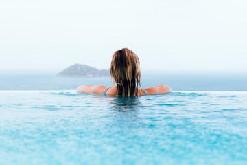 Picturesque infinity pool