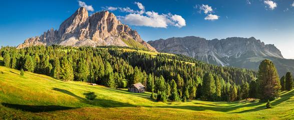 Panorama of Passo delle Erbe in Dolomites - fototapety na wymiar