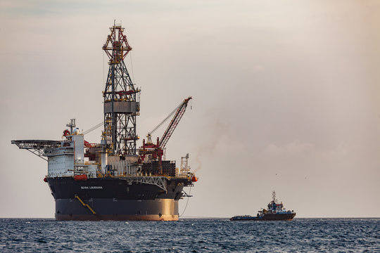 """Curacao, Caribbean - April 02, 2014: The oil rig """"Sevan Louisiana"""" off the Curacao coast in the Caribbean. Mobile Offshore Drilling Unit (MODU) based on Sevan SSP's Hull Technology.."""