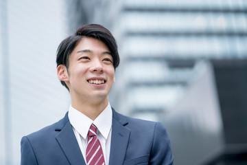 ジネスマン 笑顔