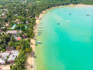 Fototapeten Reef grun Aerial view of Port Barton Beach on paradise island, tropical travel destination - Port Barton, San Vicente, Palawan, Philippines.