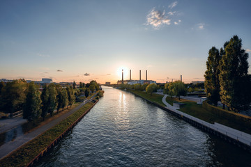 Photo sur cadre textile Paris The city of Wolfsburg at sunset