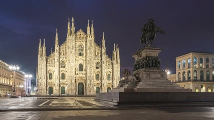 Wall Mural - Night to day time lapse video with Milan Cathedral in Milan, Italy