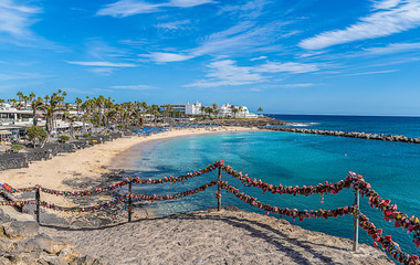 Fotobehang Canarische Eilanden Landscape with turquoise ocean water on Flamingo beach, Lanzarote, Canary Islands, Spain