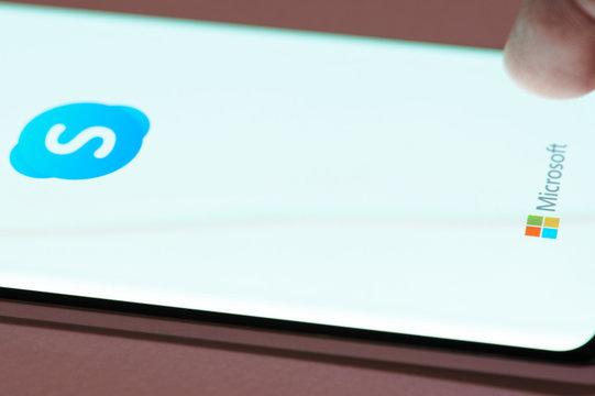 Using skype app on smartphone