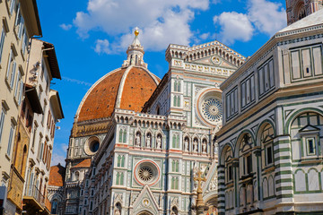 Spoed Fotobehang Florence Italian Florence city with famous landmark Cathedral Duomo Santa Maria del Fiori. Basilica Saint Mary of the Flower, Renaissance architecture in Tuscany, Italy, Europe. Travel destination, Firenze.