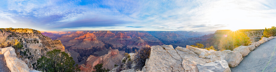 Photo sur Plexiglas Bleu ciel Beautiful sunrise landscape of the Grand Canyon National Park