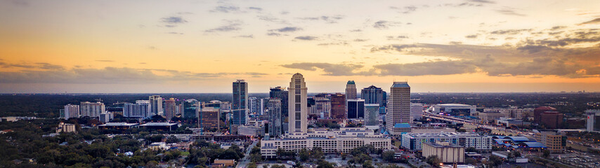 City of Orlando Skyline at Sunset From North Fotomurales