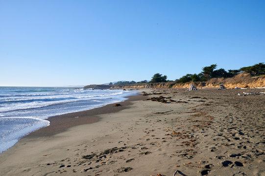 Moonstone beach and Pacific Ocean
