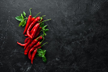 Papiers peints Hot chili Peppers Red hot chili peppers. Top view. Free space for your text.