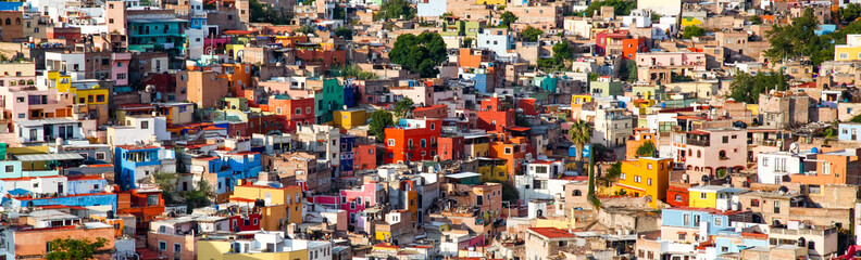 Spoed Fotobehang Oude gebouw colorful cityscape of mexican city Guanajuato Mexico