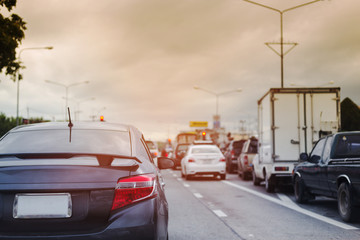 Fotomurales - modern car driving on road traffic jam