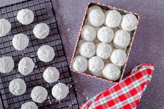 Holiday snowball and mexican wedding cake cookies