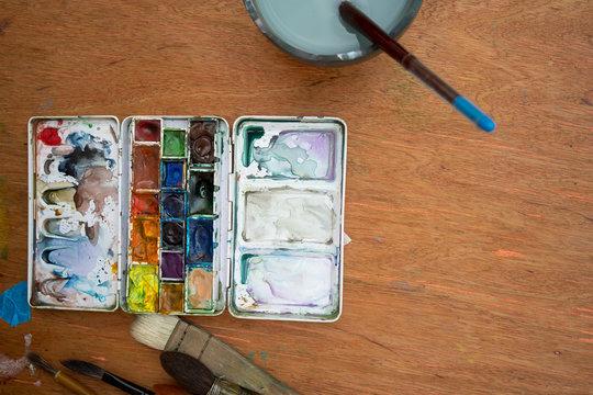 Painter's desk