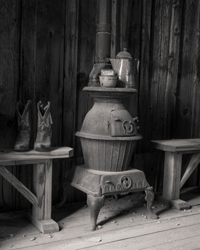 antique interior with old fashioned stove - 0833