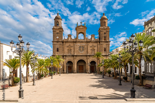 Wall mural Landscape with Cathedral Santa Ana Vegueta in Las Palmas, Gran Canaria, Canary Islands, Spain
