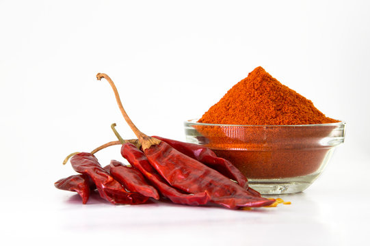 Dried red chilli and powder