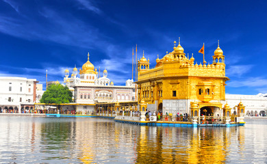 Poster Bedehuis Beautiful view of golden temple shri darbar sahib in Amritsar, Punjab