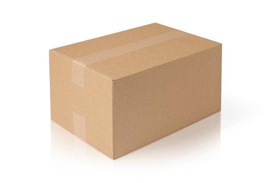宅配便のダンボールの箱