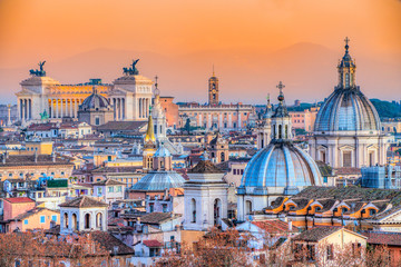 Papiers peints Rome Rome at sunset time with St Peter Cathedral