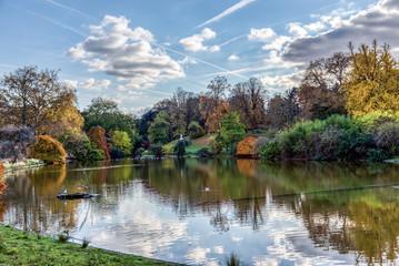 Parc Montsouris lake in autumn - Paris, France