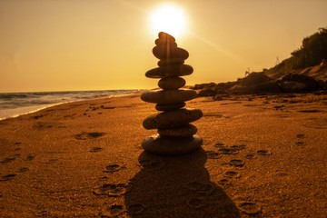 Photo sur Plexiglas Zen pierres a sable stones on the beach