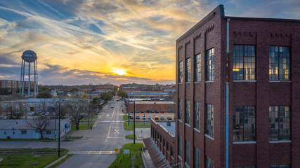 Keuken foto achterwand Texas Downtown McKinney sunset at the Cotton Mill