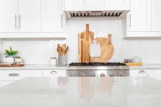A beautiful modern farmhouse kitchen.