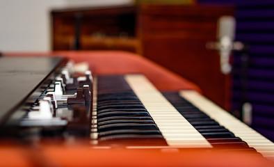 Vintage Organ and speaker