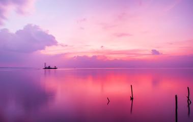 Foto auf Leinwand Rosa hell Beautiful sunset in the beach of Phu Quoc island, Vietnam
