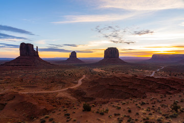 Foto op Plexiglas Bruin Amazing view of Monument valley.