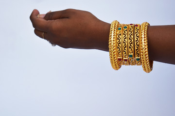 hand, isolated, wedding, finger, gold, bangle, handshake, female, people, jewelry, bracelet, sign, bride, gold, woman, jewelry, agreement, concept, chain, wrist, person, fingers, symbol, love, India,