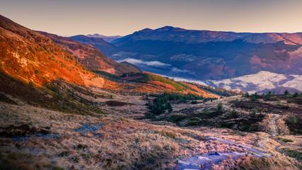 Spoed Foto op Canvas Chocoladebruin Winter hike up Ben Ledi, Scotland.