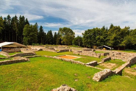 A>usgrabung in Bibracte im Burgund  La grande maison romaine