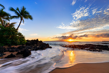 Printed roller blinds Island Sunset at Makena Secret Beach in Wailea, Maui, HI
