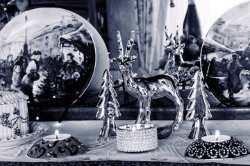 Christmas Still Life - Family Room Decoration in Blau