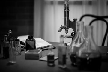 1885 scientist labratory