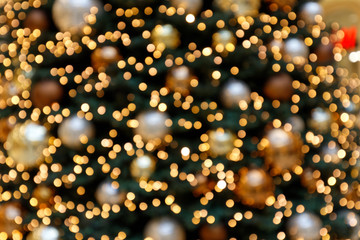 Weihnachtsbaumdekoration in abstrakter Unschärfe I