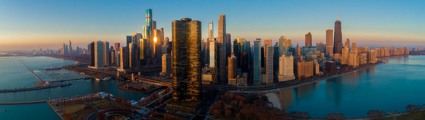 Foto op Canvas Panoramafoto s Chicago Skyline Lake Shore Panorama Sunrise Aerial 9
