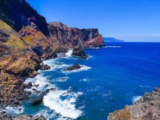 Foto auf Leinwand Dunkelblau Küstenlinie Madeira