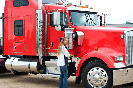 Woman Truck Driver ready to do a pre-trip inspection