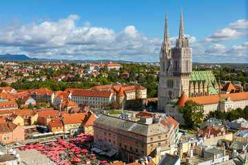 Aerial view of the Zagreb Cathedral and Dolac market. Fototapete